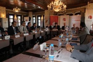 Dünya Türk Forumu Akil Kişiler Kurulu Eskişehir'de Toplandı