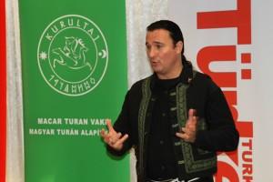 Turan Kurultay