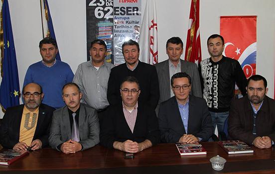 Uygur Denerği yöneticileri Türkevi Araştırmalar Merkezi'ni ziyaret Etti